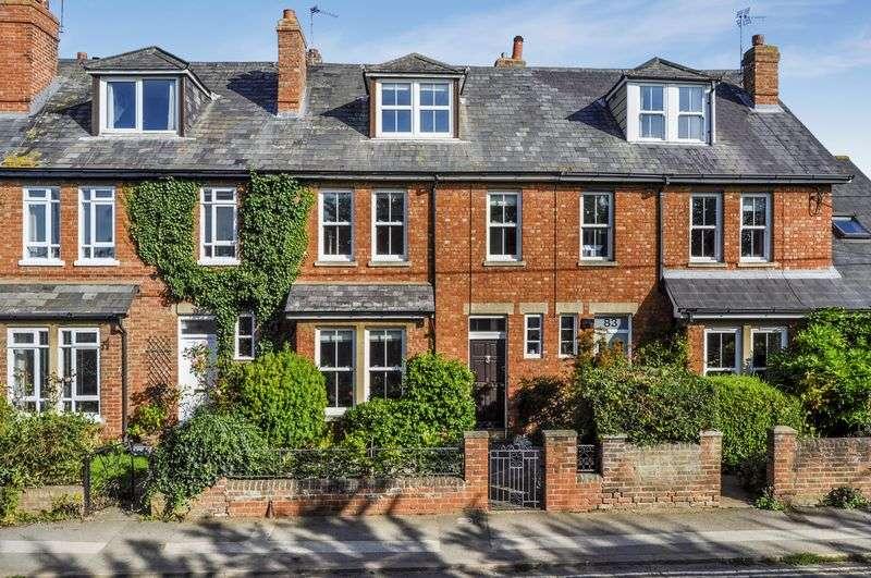 4 Bedrooms Property for sale in Radley Road, Abingdon