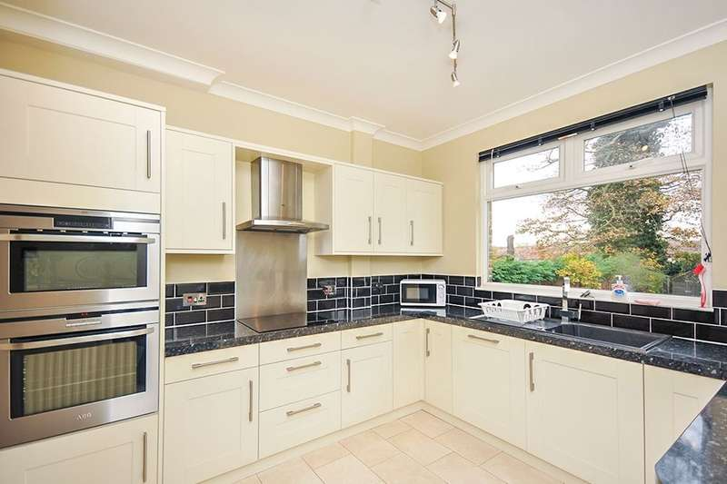 5 Bedrooms Semi Detached House for rent in Alexandra Crescent, Bromley, BR1
