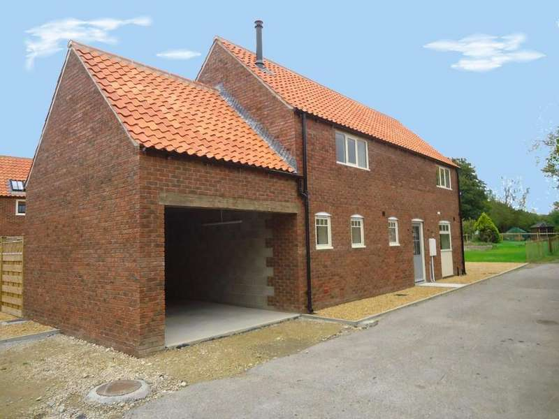 3 Bedrooms House for sale in Flaxton, York