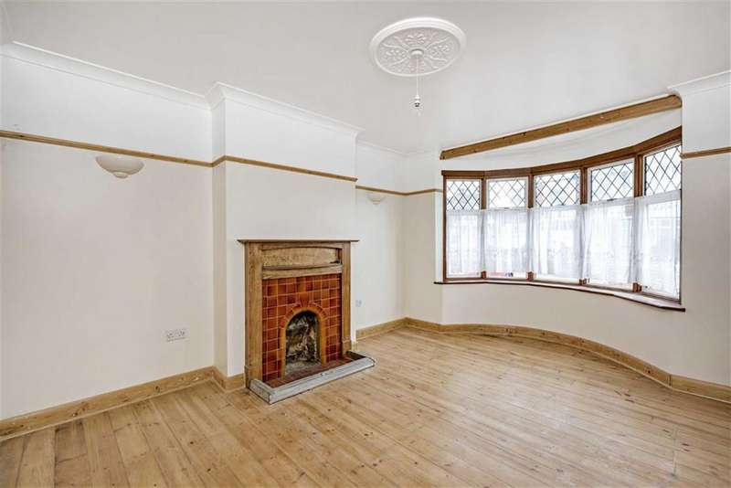 3 Bedrooms Bungalow for sale in Hammond Ave, Mitcham, Surrey