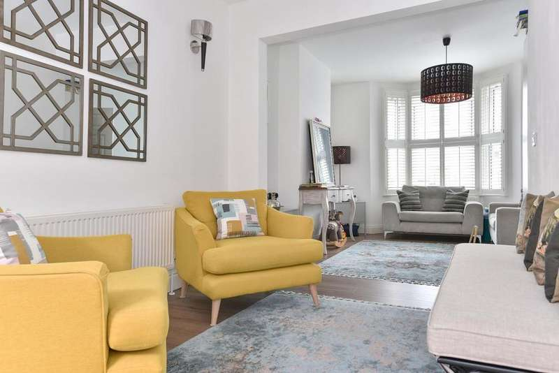 5 Bedrooms Terraced House for sale in Valnay Street, Tooting
