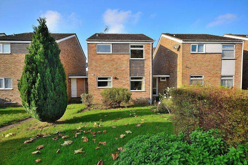 3 Bedrooms Detached House for sale in Northcourt, Leighton Buzzard