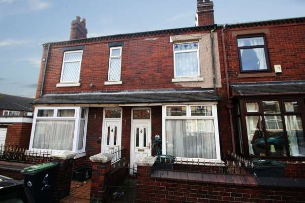 3 Bedrooms Terraced House for sale in Wade Street, Stoke-On-Trent, Staffordshire, ST6 1HR