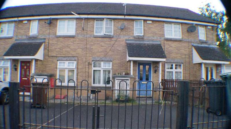 2 Bedrooms Town House for sale in Jackdow close, Bradford BD15