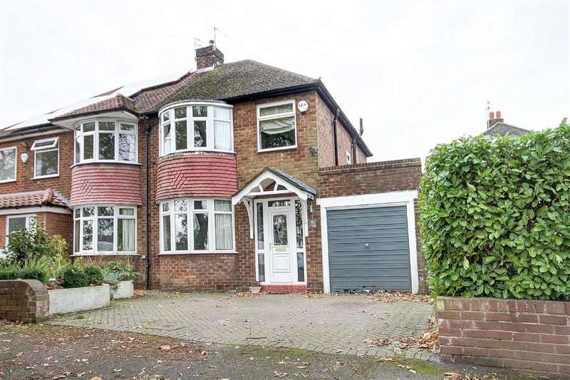 3 Bedrooms Semi Detached House for sale in Clay Lane, Hale, Cheshire