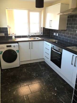 4 Bedrooms End Of Terrace House for rent in Ashfields New Road, Newcastle, Newcastle-Under-Lyme