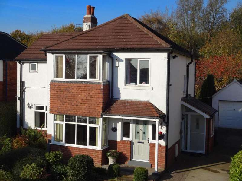 4 Bedrooms Detached House for sale in The Avenue, Horsforth