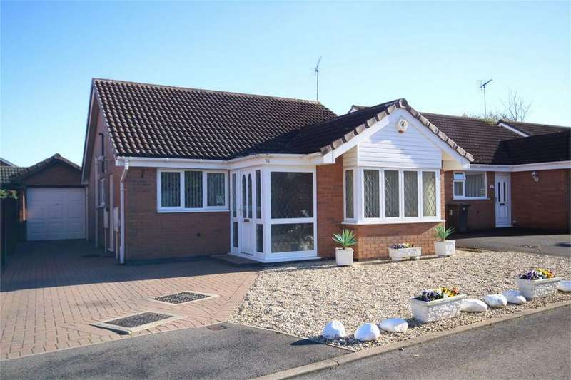 2 Bedrooms Detached Bungalow for sale in The Rowans, Woodlands Park, BEDWORTH, Warwickshire