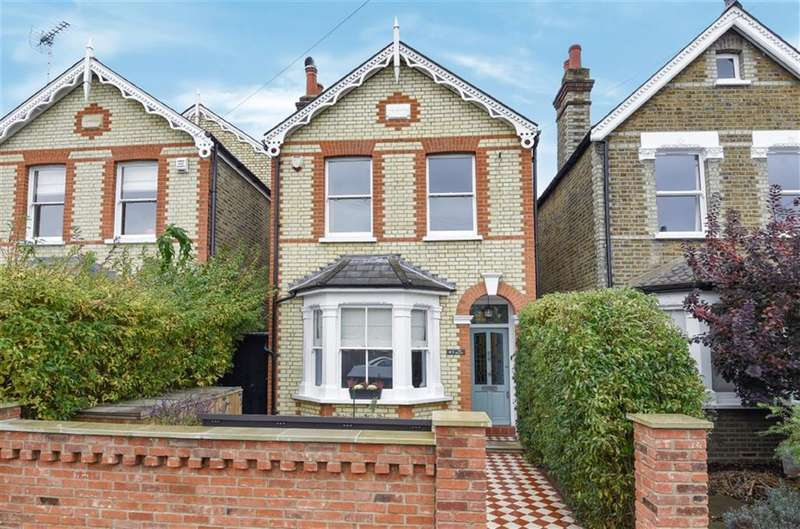 5 Bedrooms Detached House for sale in St Albans Road, Kingston Upon Thames