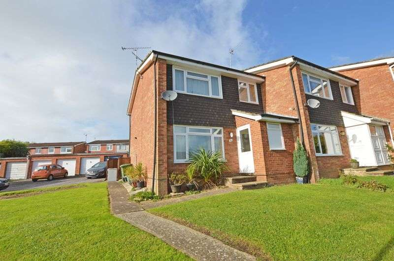 3 Bedrooms Property for sale in Wooteys Way, Alton