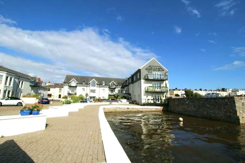 2 Bedrooms Flat for sale in Strand Street, Plymouth, PL1