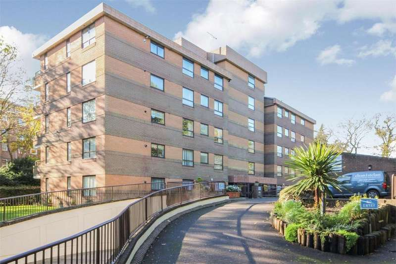 3 Bedrooms Flat for sale in 24a The Avenue, Branksome Park, Poole, Dorset