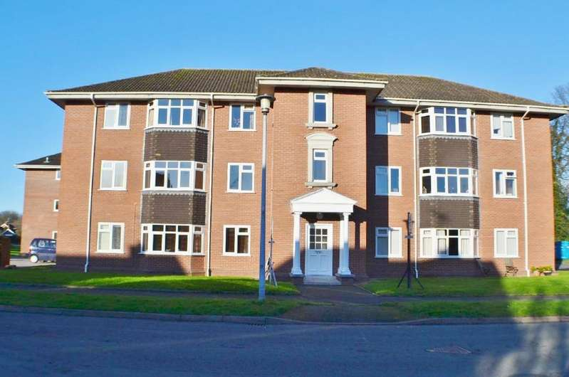 1 Bedroom Apartment Flat for sale in Jubilee Court, Holmes Chapel