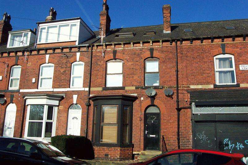 5 Bedrooms Terraced House for sale in Ashville View, Leeds