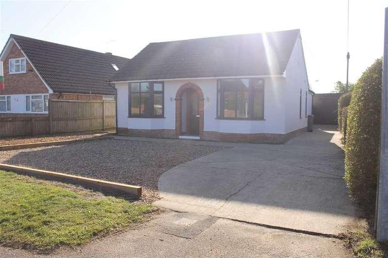 3 Bedrooms Bungalow for rent in Carlton Road, Ipswich