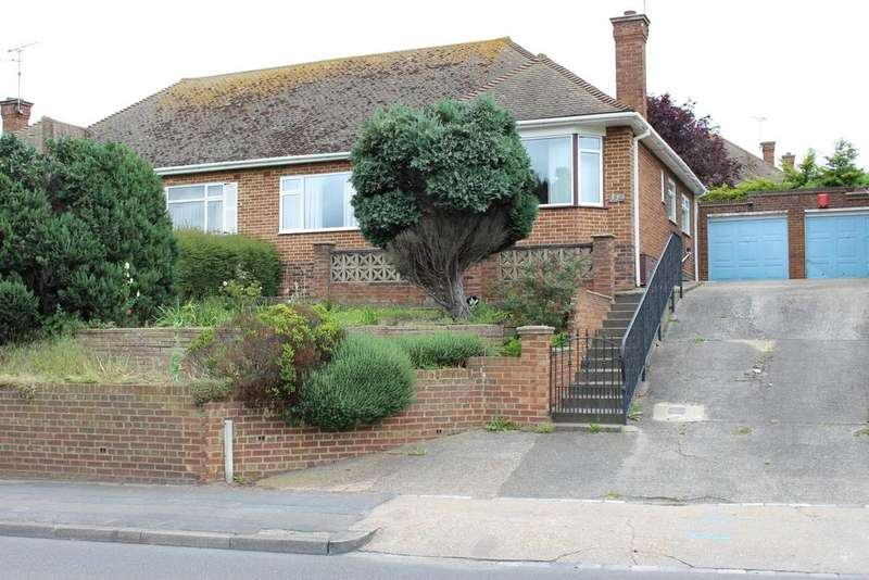 2 Bedrooms Semi Detached Bungalow for sale in Valley Drive, Gravesed DA12