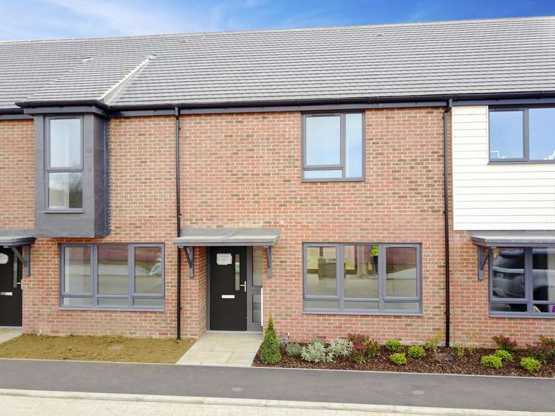 3 Bedrooms House for sale in Chigwell Grove, Luxborough Lane, Chigwell, Essex IG7