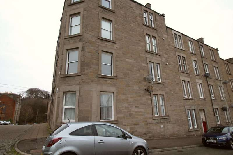 3 Bedrooms Flat for sale in Black Street, Dundee, DD2