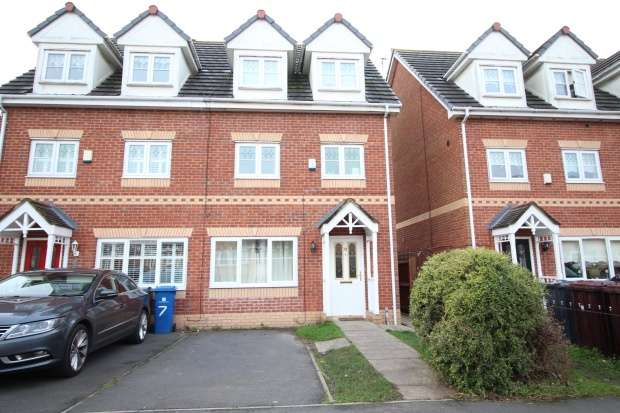 5 Bedrooms Town House for sale in Ambleside Drive, Liverpool, Merseyside, L33 2EE