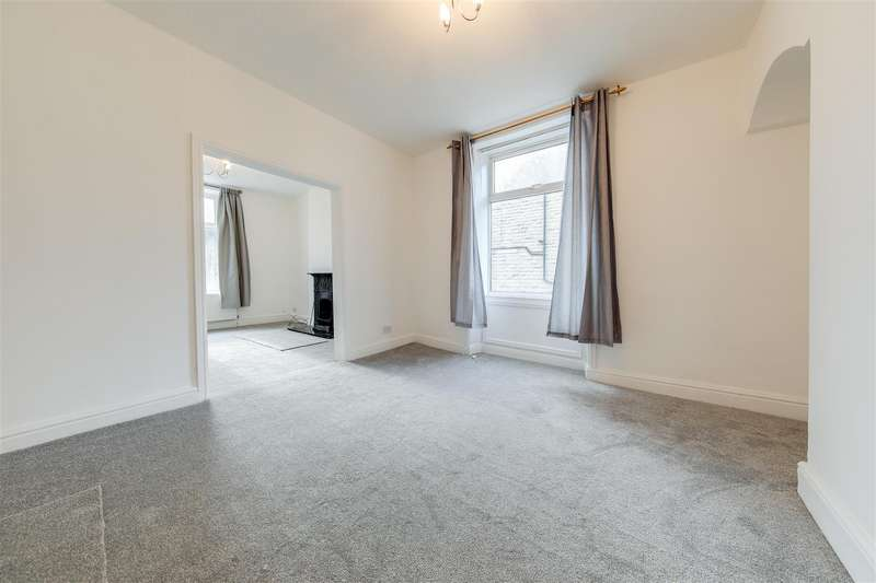 3 Bedrooms End Of Terrace House for sale in Newchurch Road, Stacksteads, Bacup, Rossendale