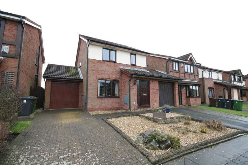 3 Bedrooms Semi Detached House for sale in Ashdown Close, Southport, PR8 6TL