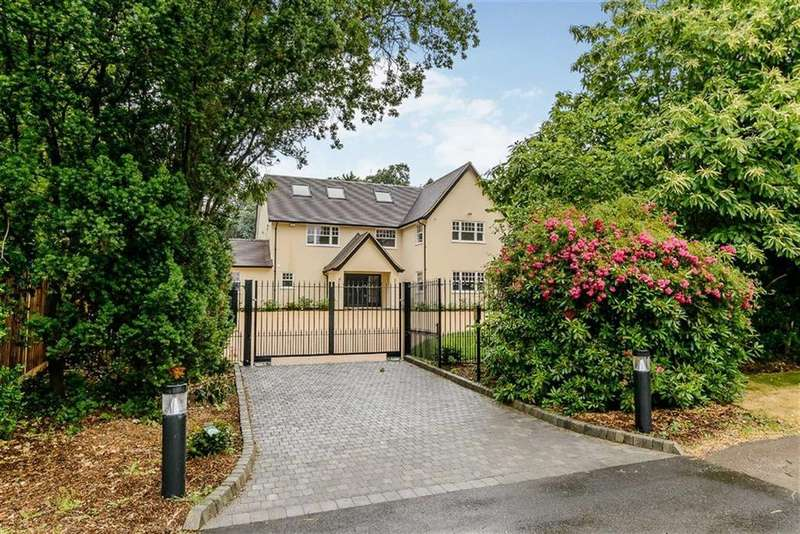 6 Bedrooms Detached House for sale in Kentish Lane, Brookmans Park, Hertfordshire