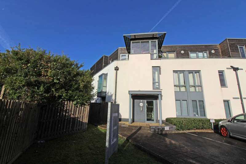 2 Bedrooms Apartment Flat for sale in Samuels Crescent, Whitchurch