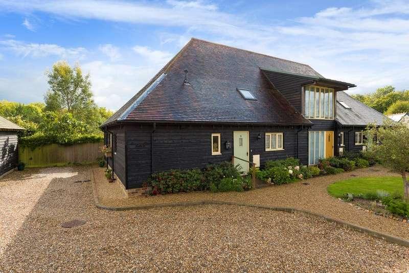 3 Bedrooms Barn Conversion Character Property for sale in Peene Farm, Peene, Folkestone, CT18