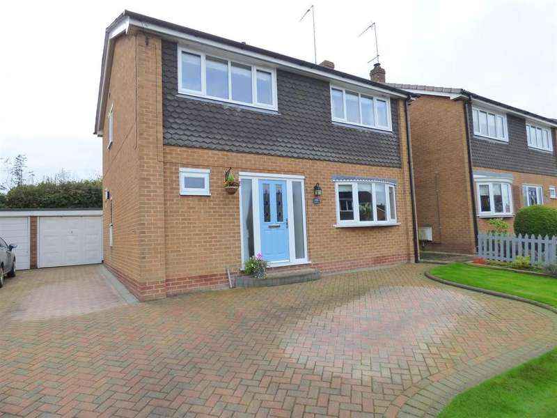 4 Bedrooms Detached House for sale in Canada Drive, Cherry Burton, East Yorkshire, HU17 7SA