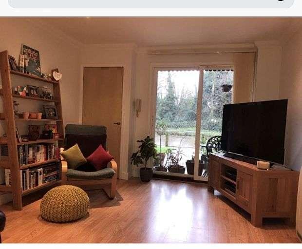 1 Bedroom Apartment Flat for sale in Brindley Wharf, Waterfront, Warrington, Cheshire, WA4 4AU
