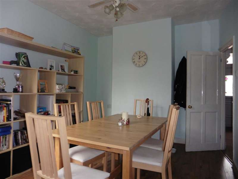 3 Bedrooms Terraced House for sale in Wyndham Road, , Chatham, Kent