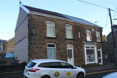 3 Bedrooms Semi Detached House for rent in Church street, Pontardawe