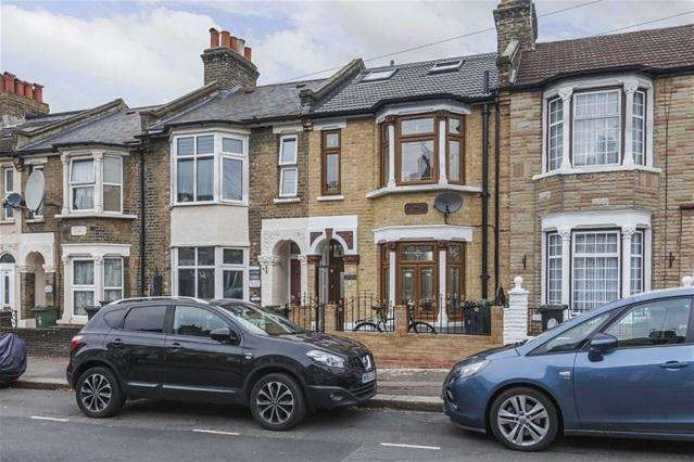 5 Bedrooms House for sale in Hartington Road, Walthamstow