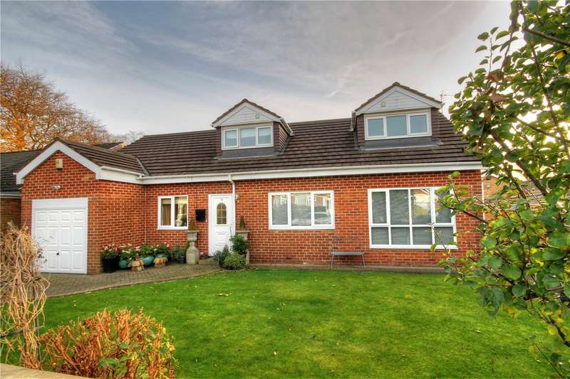 3 Bedrooms Detached Bungalow for sale in Queensmere, Chester Le Street, Co Durham, DH3