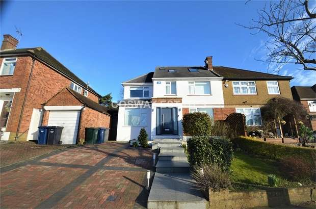 4 Bedrooms Semi Detached House for sale in The Reddings, Mill Hill, NW7