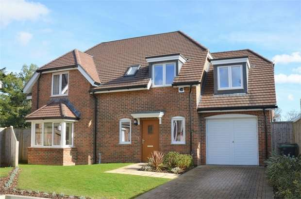 4 Bedrooms Detached House for sale in Ranulf Place, Cross Way, Christchurch