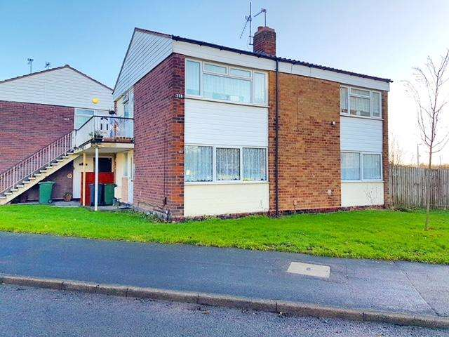 2 Bedrooms Maisonette Flat for sale in BEACONVIEW ROAD, WEST BROMWICH, WEST MIDLANDS, B71 3PS