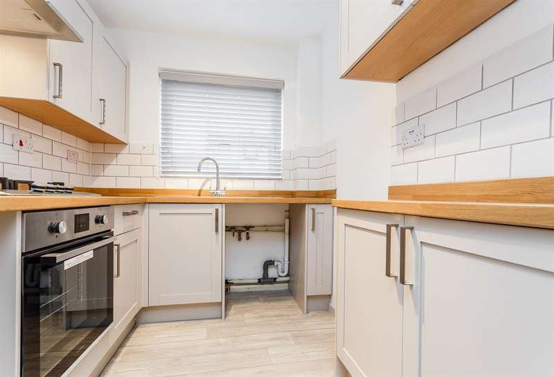 1 Bedroom Town House for sale in Kings Meadow Mews, Wetherby, LS22 7FT