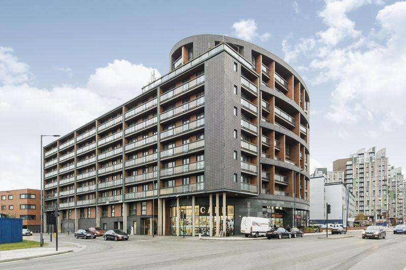 1 Bedroom Flat for sale in The Sphere, Canning Town, E16 1BE