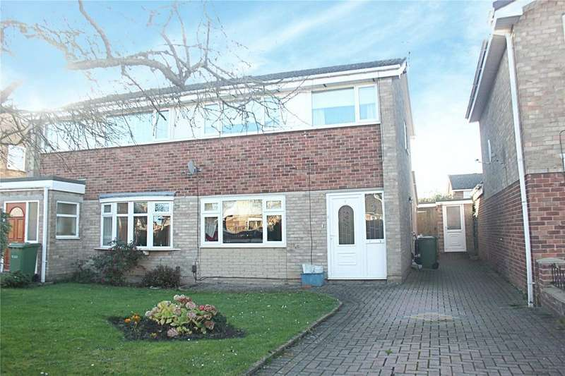 3 Bedrooms Semi Detached House for sale in Fauconberg Way, Yarm