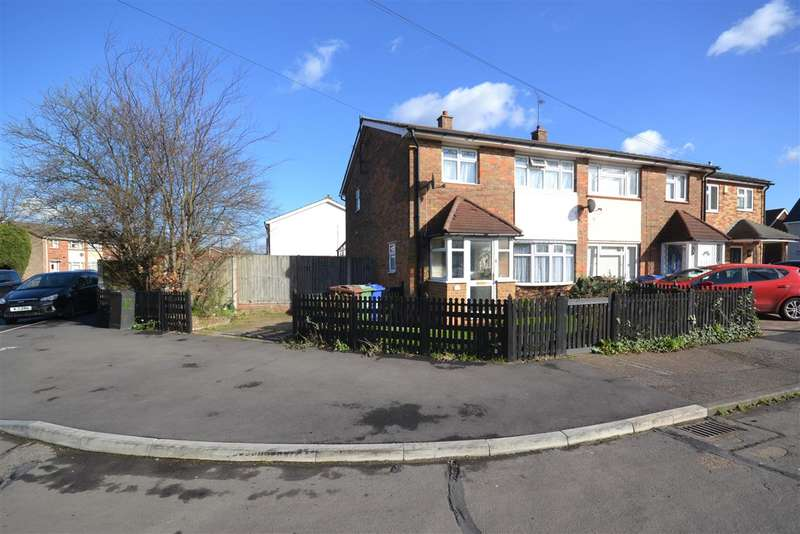 3 Bedrooms End Of Terrace House for sale in Nevell Road, Chadwell St.Mary