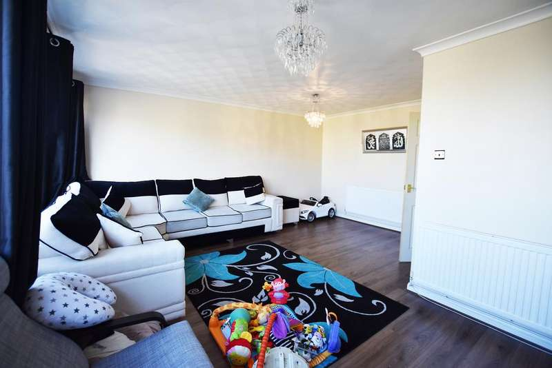 3 Bedrooms Flat for sale in Dallow road , Luton LU1
