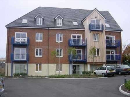 2 Bedrooms Apartment Flat for sale in Corscombe Close, Weymouth, Dorset, DT4 0UF
