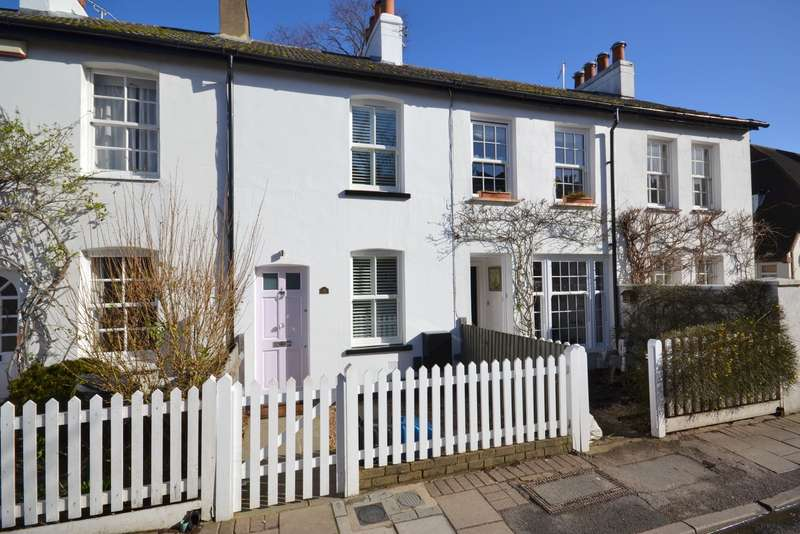 2 Bedrooms Terraced House for sale in Ham