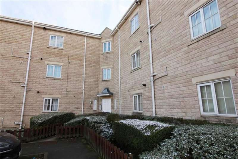 2 Bedrooms Flat for sale in Minster Drive, Bradford, BD4