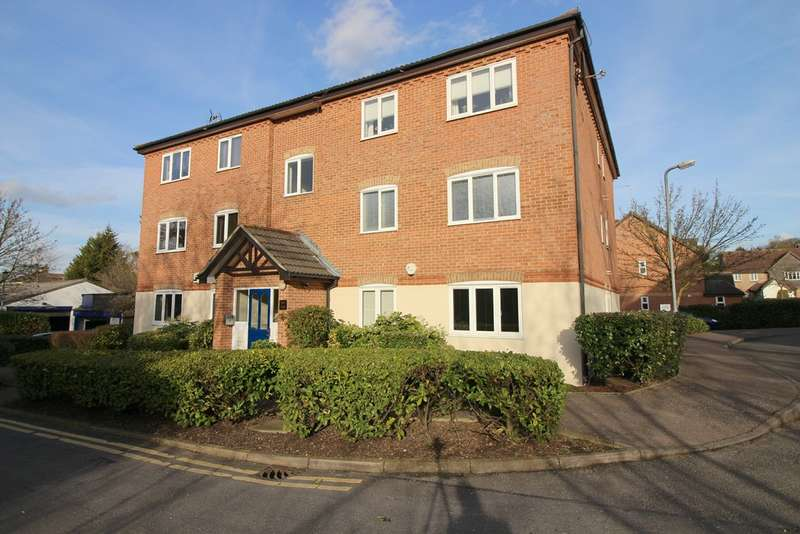 1 Bedroom Flat for sale in Fallow Rise, Hertford