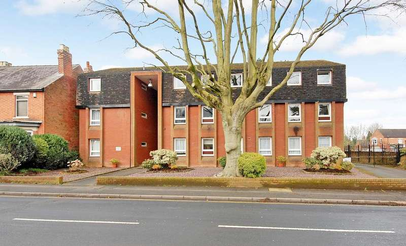 1 Bedroom Flat for sale in College Court, High Street, Tettenhall, Wolverhampton WV6