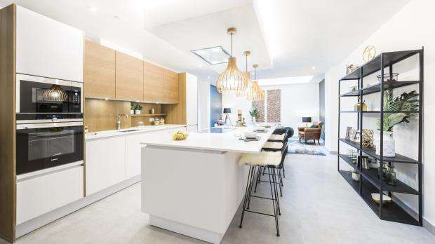 3 Bedrooms House for sale in College Yard, Highgate Road, London, NW5