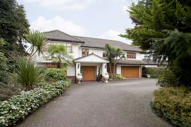 5 Bedrooms Detached House for sale in Pynnacles Close, Stanmore, Middlesex, HA7