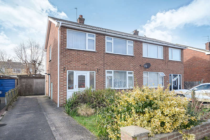 3 Bedrooms Semi Detached House for sale in Eastfield Crescent, York, YO10